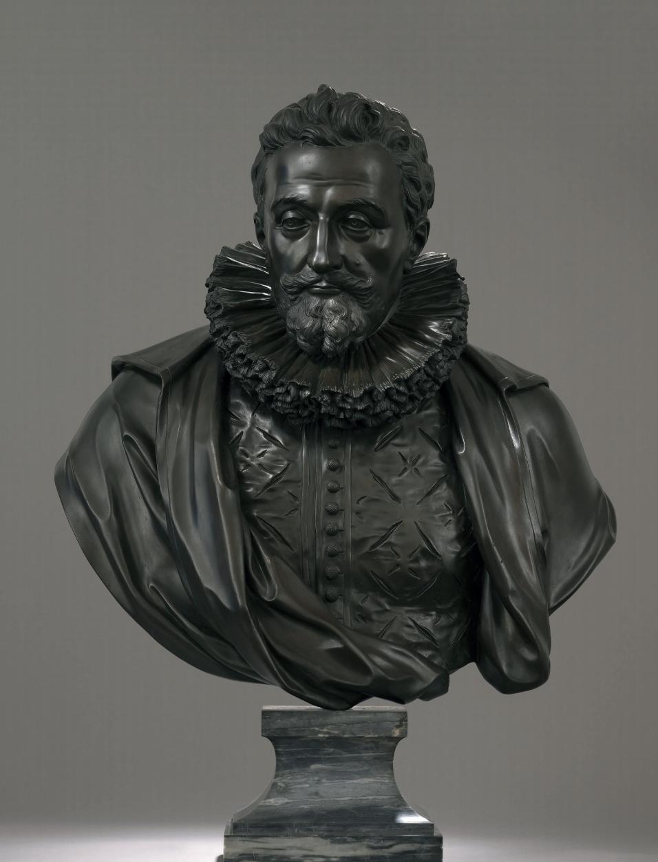 Paul Phélypeaux, seigneur de Pontchartrain (Blois 1569 - Castel-Sarrazin 1621) Buste en bronze à patine brune sur piédouche en marbre bleu turquin